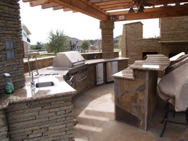 outdoor kitchen countertop ideas, types of outdoor kitchen design,