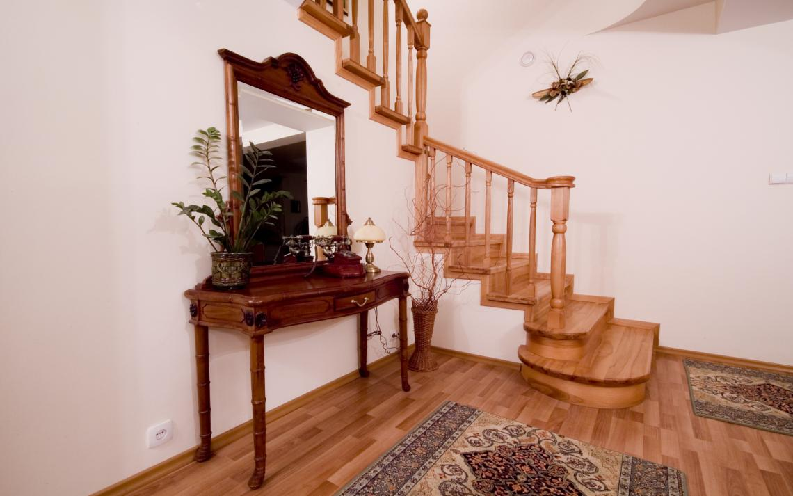 wood Stairs remodeling in Houston