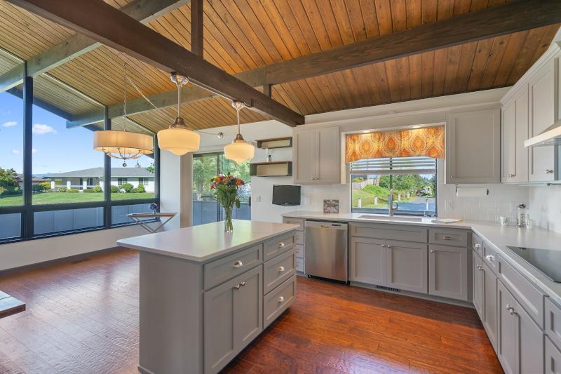 Best Kitchen Remodelers Near Me